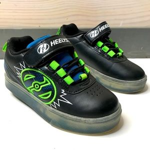 Heelys Pow X2 Lighted Skate Shoes Boys 12 EUC